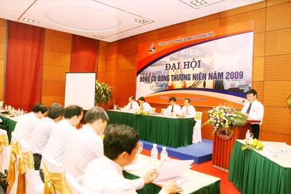 toan canh dai hoi co dong thuong nien nam 2009